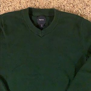 Gap Kids green v neck sweater
